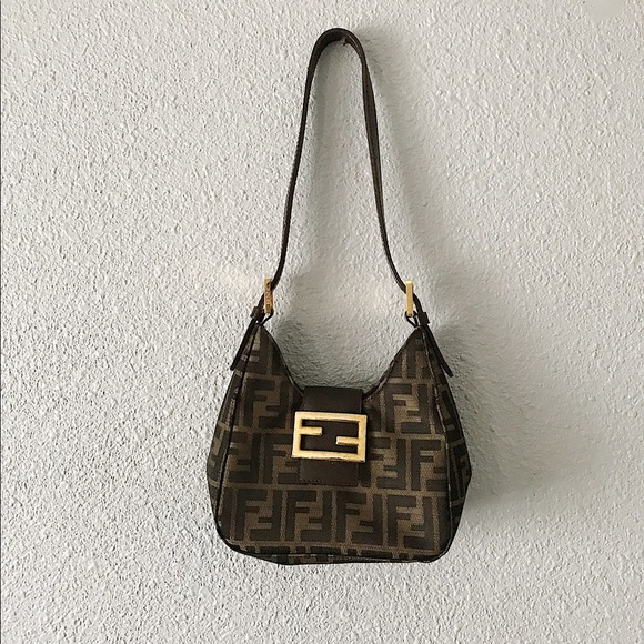 19271617afc4 ... czech fendi small wristlet bag from the 80s 4117b 14605 ...